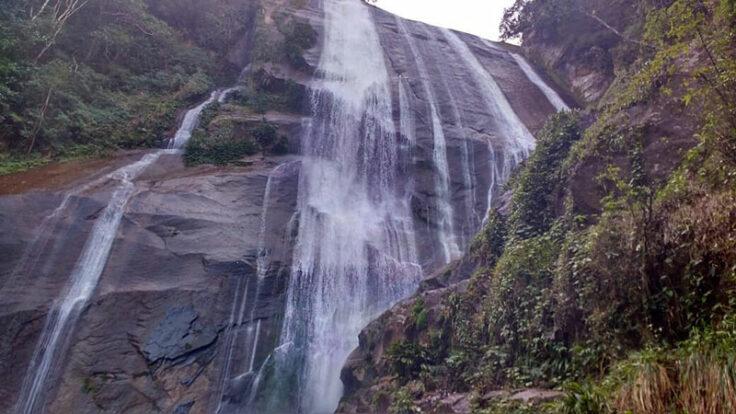 PH Off Trips - Guia de Ecoturismo em Ilhabela - Trilhas para Cachoeiras
