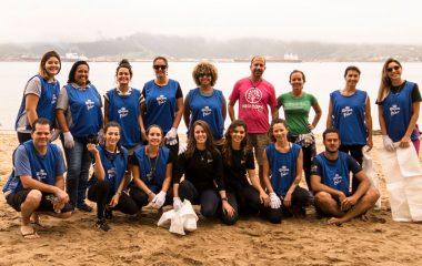 Ações voluntárias promovem limpeza de praias em Ilhabela