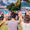Ilhabela recebe festa matinal WAKE durante Festival Sustenta