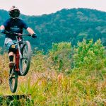 Jubina - Atleta Mountain Bike Downhill - Performance Ilhabela