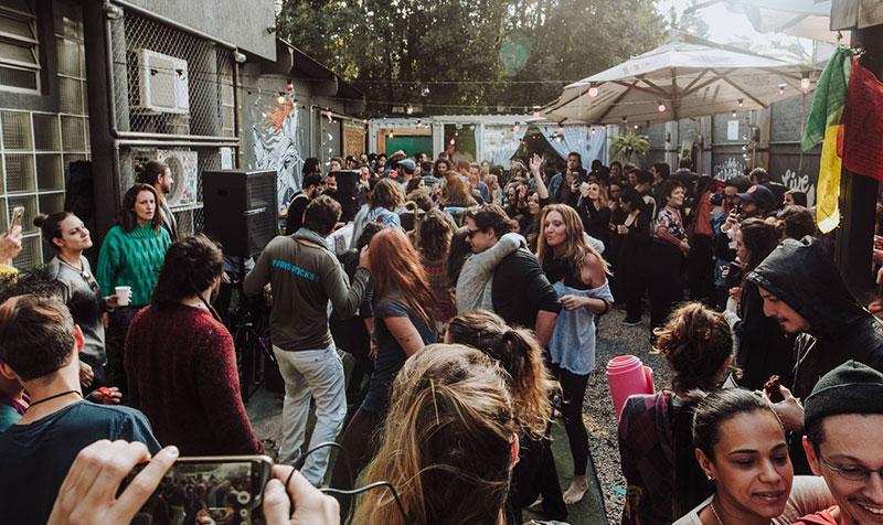 Ilhabela recebe primeira edição da WAKE Festa Matinal durante Festival Sustenta