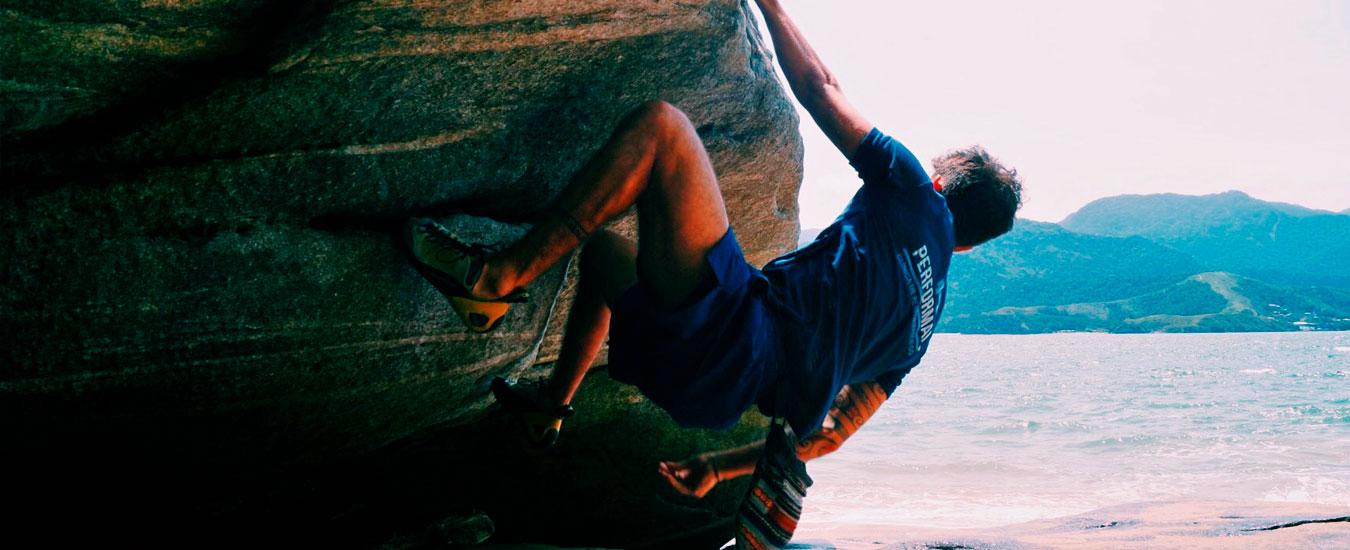 Leon - Atleta de Escalada em Ilhabela - Performance