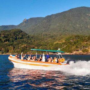 ilhabela-passeio-de-barco-nilton-turismo-02