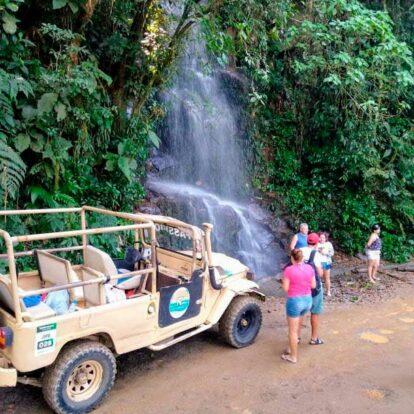 Passeio de Jipe em Ilhabela - Nilton Turismo