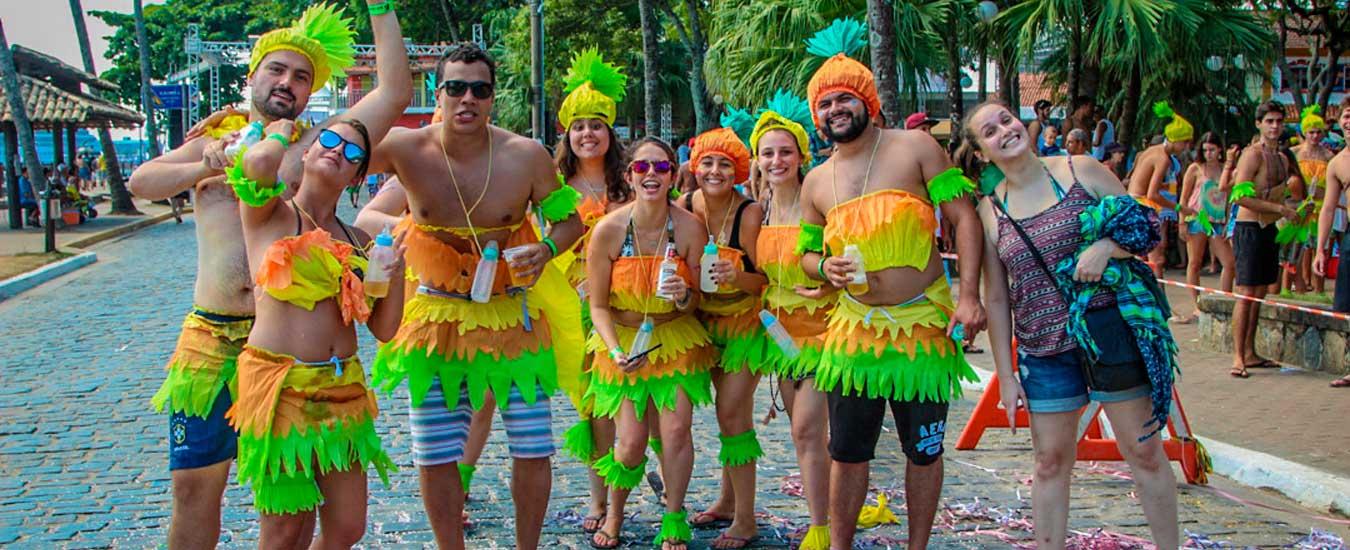 Festas e Blocos de Carnaval em Ilhabela - Banho da Doroteia