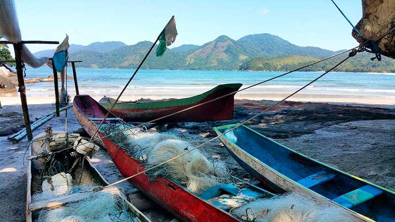 Castelhanos beach - Ilhabela por Estrangeiros   Ilhabela by Foreigners - Diane Hirt, from United States