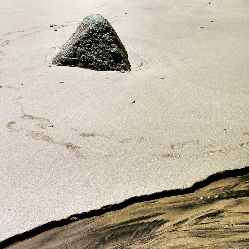 Ilhabela sand colors - Ilhabela por Estrangeiros   Ilhabela by Foreigners - Diane Hirt, from United States