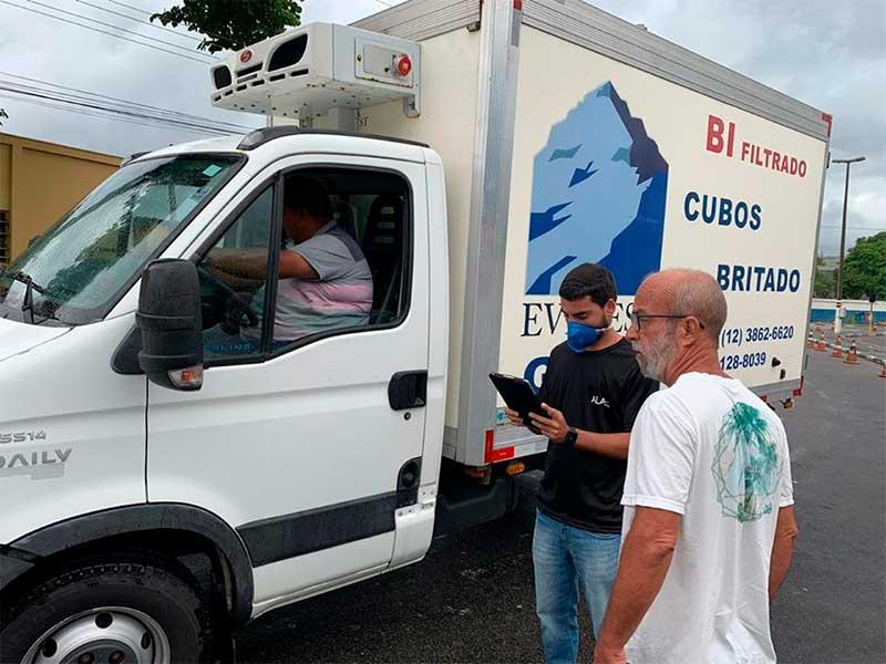Controle de Veículos na travessia de balsa de Ilhabela - Somente serviços essenciais estão autorizados
