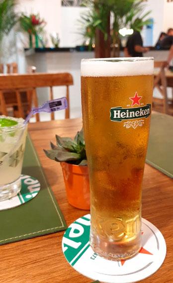 Chopp Heineken - Esquina da Ilha Bar e Choperia em Ilhabela