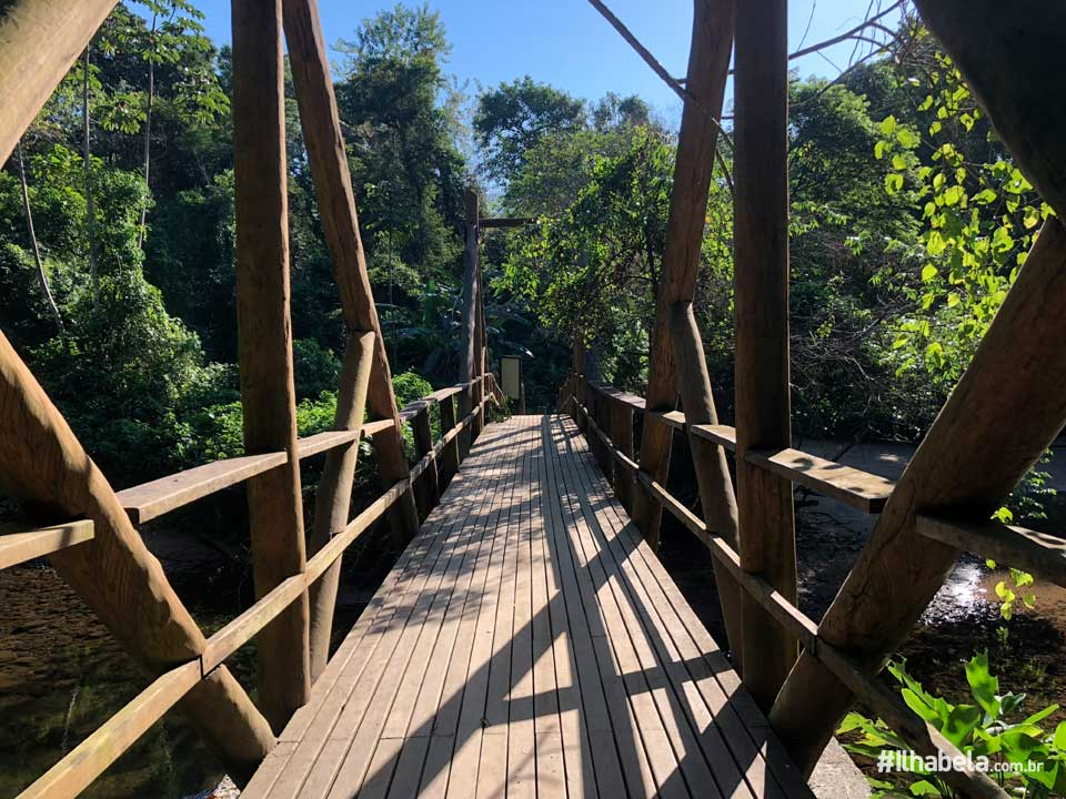 Ponte na chegada à Praia de Castelhanos - Ilhabela