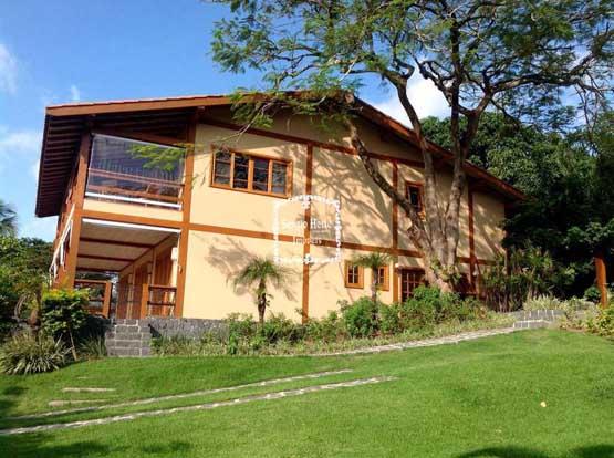Casa Alto Padrão com vista no centro de Ilhabela - Imobiliária Sérgio Hette Imóveis