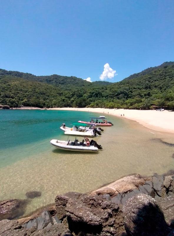 Ilhaeco Trips & Aventuras - Passeios de barco em Ilhabela