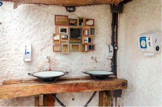Banheiros - ClanDestino Hostel Ilhabela