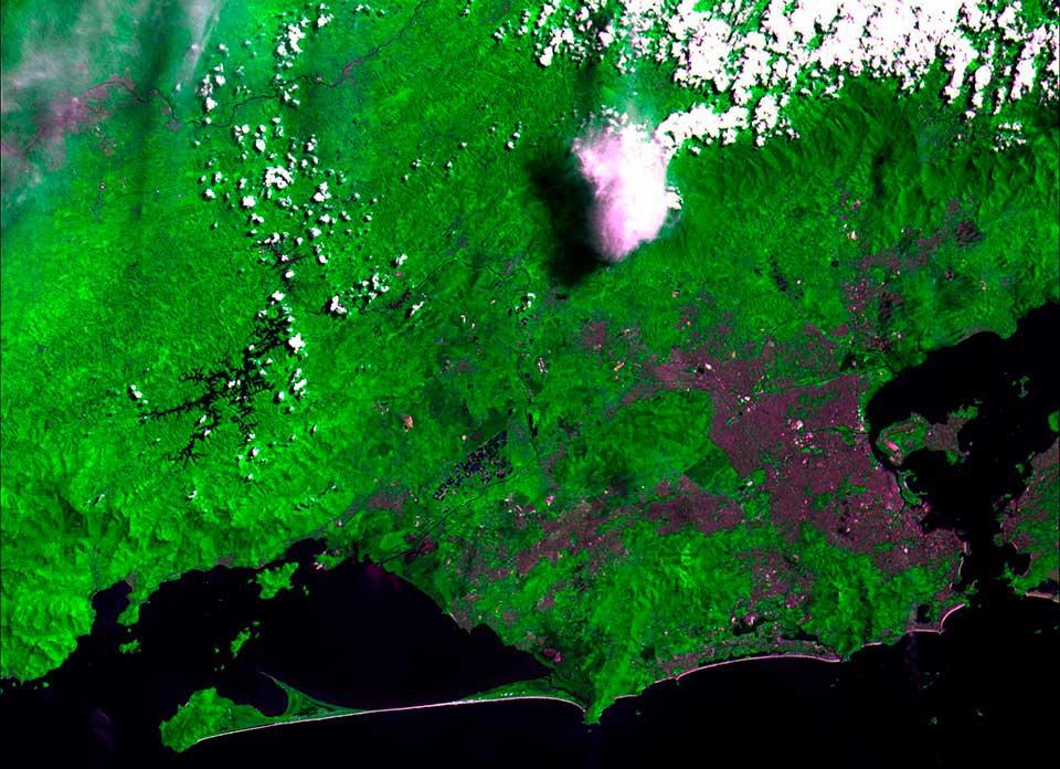 Composição colorida mostrando a região metropolitana do Rio de Janeiro e seu entorno. (Imagem: divulgação / Inpe)