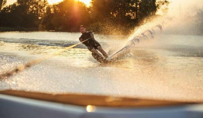 PrimeShare - Boat Experience - Passeios de Lancha em Ilhabela - Esportes náuticos