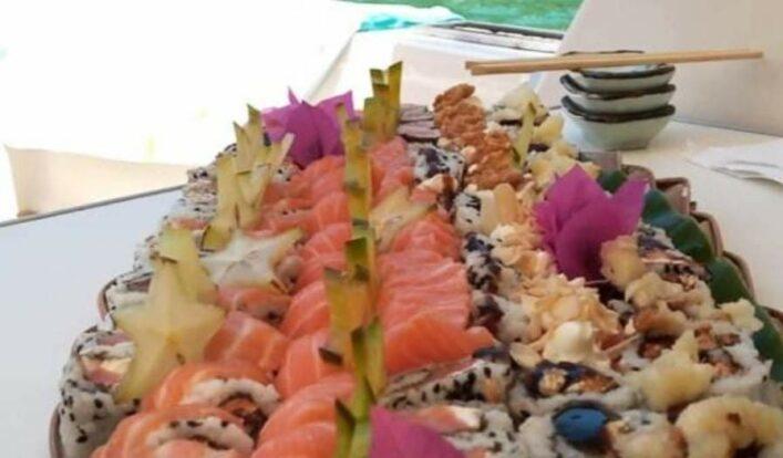 PrimeShare - Boat Experience - Passeios de Lancha em Ilhabela - Sushi a bordo