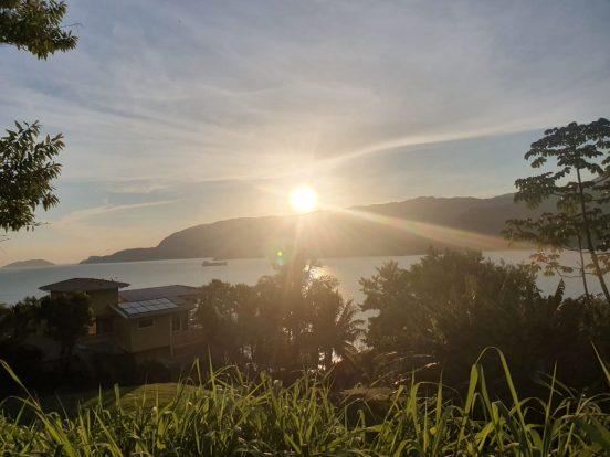 Sergio Hette vende terreno em ilhabela com vista para o mar